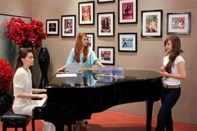 Bí quyết chọn đàn piano cơ cho nữ
