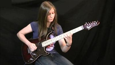 Những cây guitar điện dành cho sinh viên