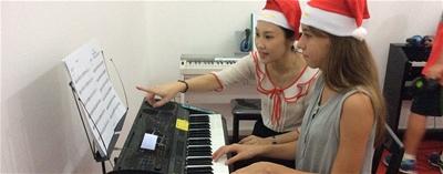 Hướng dẫn luyện và tăng tốc ngón tay khi chơi đàn Piano