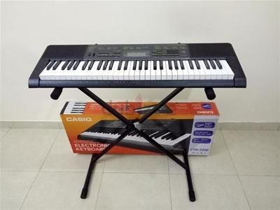 So sánh đàn organ Yamaha, Casio và Roland