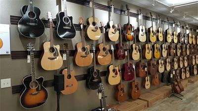Những điều cần biết khi mua đàn guitar