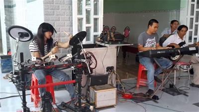 Trống điện tử Roland dành cho nhạc công đi show