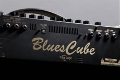 Khám phá Roland Amplifier Blues Cube