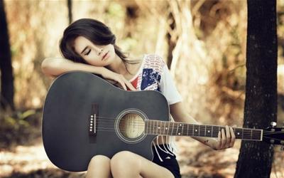 Các hãng đàn guitar classic nổi tiếng thế giới