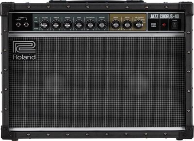 Roland JC-40: Mẫu amplifier tiếng clean huyền thoại của Roland cho guitar điện.