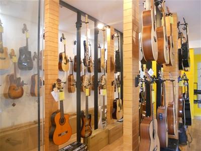 Đàn guitar size nhỏ âm thanh hay giá rẻ