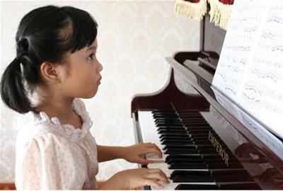 Trẻ 5 tuổi đã có thể học Piano?
