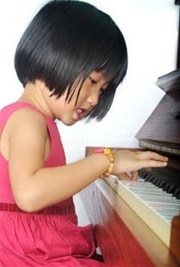 Chọn mua đàn Organ, đàn Piano cho trẻ