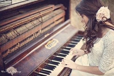 Phương pháp học đàn piano tốt nhất dành cho người lớn tuổi