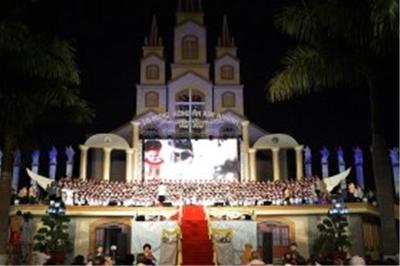 Đêm thánh ca mừng 50 năm thành lập giáo phận Xuân Lộc