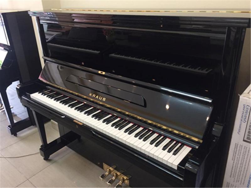 Đàn piano Kraus U133E