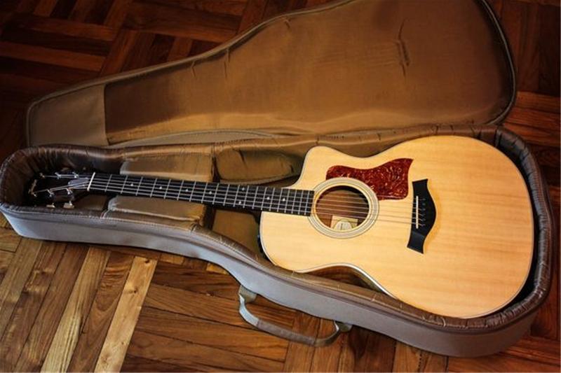 giá đàn guitar classic
