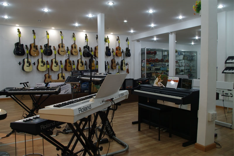 Guitar shop ho chi minh