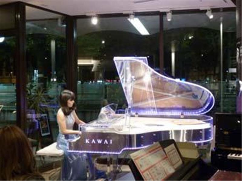 http://pianovietthanh.com.vn/Uploads/Images/ee278cf8-82de-4d14-9b0d-306f31cf1015.jpg
