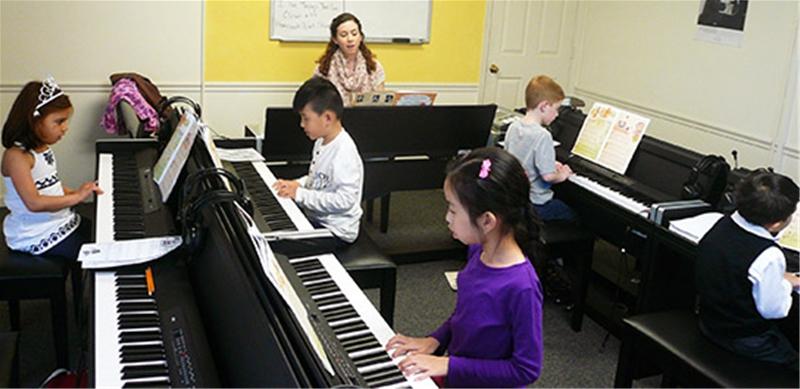 chọn đàn piano cho trẻ em