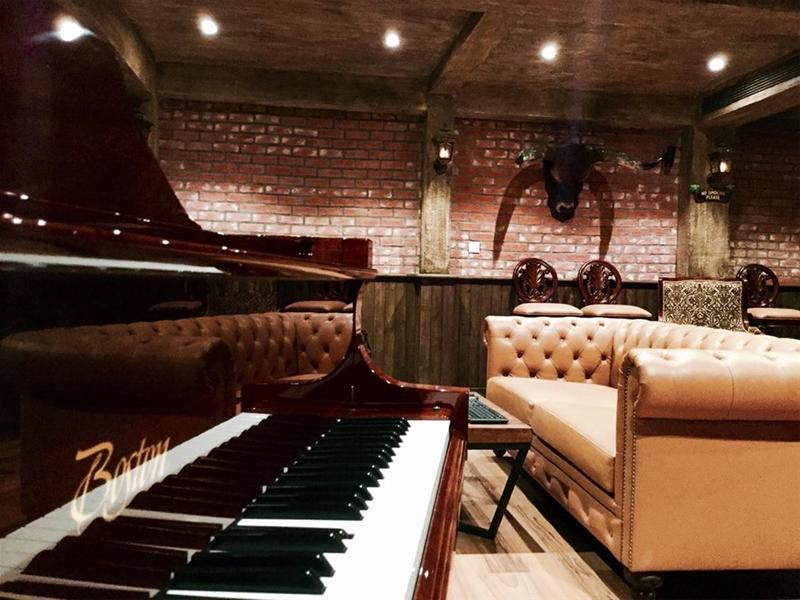 grand piano Boston GP-178 PE