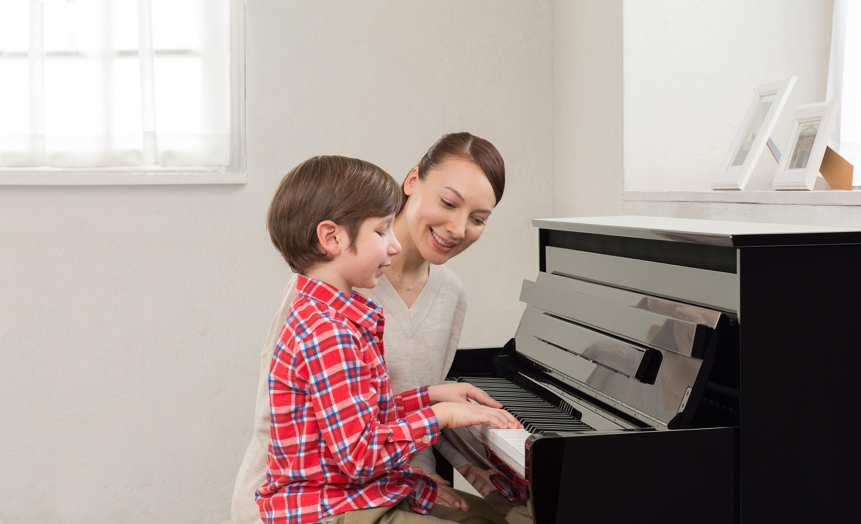 Đàn Piano Điện Yamaha CLP-675