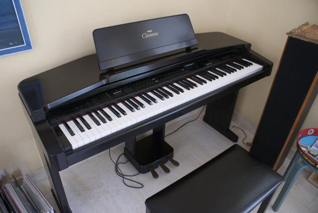 đàn piano điện Yamaha CVP-65